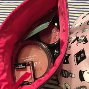 Other - Makeup beauty bundle with bags
